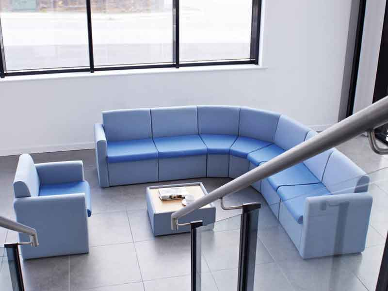 NEXT DAY: Alto Modular Reception / Visitor Seating